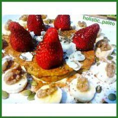 Beautiful morning pancake after a light dinner last night. Paleo, gluten, dairy & sugar free. Topped wirh organic cinnamon, fresh fruit, chia seeds, pumpkin seeds, walnuts, coconut flakes & maple syrup. #pancake#breakfast#glutenfree#dairyfree#sugarfree#su