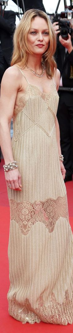 Vanessa Paradis in Chanel, Cannes 2016