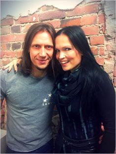 Tarja Turunen and Alex Scholpp in Stuttgart, Germany. The Shadow Shows, 10/10/2016 #tarja #tarjaturunen #theshadowshows #tarjalive PH: Alex Scholpp https://web.facebook.com/alexscholpp