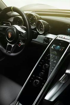 Technology inspired interior is not only sleek but modern too! (2014 Porsche interior)