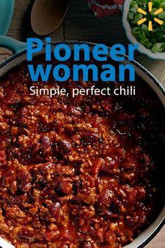 The Pioneer Woman, Pioneer Women, Ree Drummond, Best Chili Recipe, Chilli Recipes, Simple Chili Recipe, Southern Chili Recipe, Pioneer Woman Chili Beans Recipe, Sausage Beef Chili Recipe