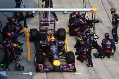 Round 2, Petronas Malaysian Grand Prix 2013, Mark Webber, Infiniti Red Bull Racing, Pit Stop