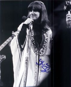 See Grace Slick & The Great Society pictures, photo shoots, and listen online to the latest music. 70s Rock And Roll, Rock N Roll Music, Grace Slick, Monterey Pop Festival, Great Society, Jefferson Starship, Jefferson Airplane, Bohemian Flowers, Style And Grace
