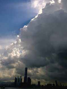Rain clouds over west Kowloon, Nokia1020 full resolution