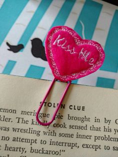 Check out this item in my Etsy shop https://www.etsy.com/listing/502535339/bookmark-decorative-paper-clip-calendar