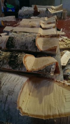 """""""""""a tree of incomparable grace and loveliness, identifiable at a glance"""""""" — - A Natural History of Tress by Donald Culross Peattie I've been working on some freshly felled birch this week. Birch is perhaps my favourite wood to carve. While green, the wood is easy to cut, but close"""