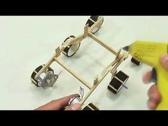 in this video we are going to make a robot of the nasa with materials easy to get, I hope you like it Make A Robot, Diy Robot, Stem Science, Earth Science, Solar System Projects For Kids, Curiosity Rover, Tecno, Electronics Projects, Arduino