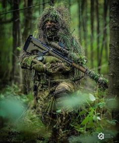 The first virtue in a soldier is endurance of fatigue; courage is only the second virtue. Airsoft Sniper, Sniper Gear, Hd Wallpapers For Mobile, Gaming Wallpapers, Military Weapons, Military Art, Indian Army Special Forces, Special Forces Gear, Indian Army Wallpapers