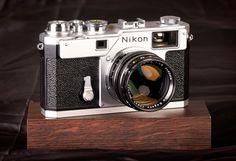 Nikon S3 millenium