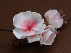 Flores de cerezo en pasta polimérica                                                                                                                                                      Más
