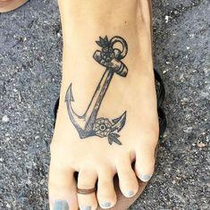 125 Most Popular Foot Tattoos For Women – Wild Tattoo Art - Today Pin Rosary Foot Tattoos, Anchor Tattoo Foot, Cute Foot Tattoos, Small Foot Tattoos, Foot Tattoos For Women, Tattoo Hurt, Tattoo Pain, Wild Tattoo, Tattoo Motive
