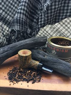 radice pipe from al pascia italy. Tobacco Pipe Smoking, Tobacco Pipes, Diamond Wallpaper, Pipes And Cigars, Up In Smoke, Pipe Dream, Edc, Arrow, Alcohol