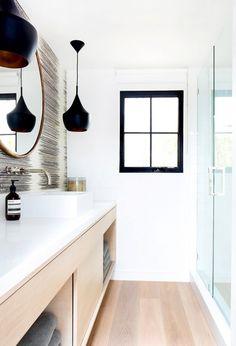 Modern Eclectic Bathroom Marcia Maizel-Clarke's Malibu Home Home Decor Inspiration, Interior, Home, All White Bathroom, Malibu Homes, Apartment Makeover, House Interior, Interior Design, Beautiful Bathrooms