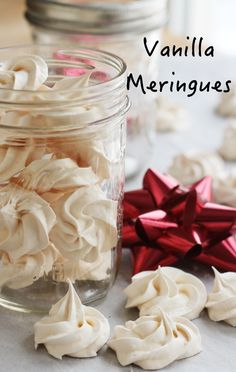 Vanilla Meringue Cookie - only 5 ingredients. They keep for weeks and make a wonderful gift. Cookie Desserts, Just Desserts, Cookie Recipes, Delicious Desserts, Dessert Recipes, French Desserts, Healthier Desserts, Cupcake Recipes, Vanilla Meringue Cookies Recipe