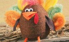 Cute! Crafts n' things Weekly - yarn turkey
