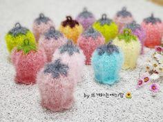 [공개도안]예늬맘의 창작 초롱꽃수세미 <VERSION 2>를 다시 오픈합니다~^^ : 네이버 블로그 Crochet Scrubbies, Crochet Flowers, Crochet Patterns, Knitting, Blog, Handmade, Crocheted Flowers, Hand Made, Tricot