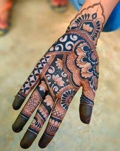 Baby Mehndi Design, Floral Henna Designs, Back Hand Mehndi Designs, Legs Mehndi Design, Stylish Mehndi Designs, Latest Bridal Mehndi Designs, Mehndi Designs For Girls, Henna Art Designs, Mehndi Designs For Beginners