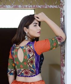 Buy A Fusion of Traditions by Svasa Hand-painted Kalamkari Ikat blouses with… Kalamkari Blouse Designs, Choli Blouse Design, Saree Blouse Patterns, Sari Blouse Designs, Bridal Blouse Designs, Blouse Neck Designs, Simple Blouse Designs, Stylish Blouse Design, Blouse Models