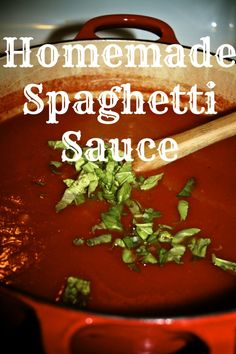 Homemade Spaghetti Sauce via @natlubrano on @Untrained Housewife