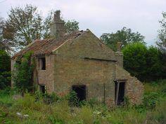 Abandoned house at Denver sluice in Norfolk UK. Abandoned Buildings, Abandoned Places, Derelict House, Norfolk, Old Houses, Denver, England, Cabin, Mansions
