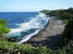 Vincentian Beach Vista: Being a volcanic island, most beaches on the St Vincent island have black sand - Flickr - Photo Sharing!