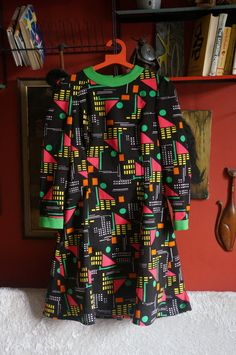 vintage 70s dress geometric abstract print dress by dieyoungstaypretty