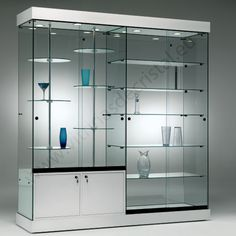 21 Various DIY Display Case Ideas to Keep your Beloved Stuff! - Home Decor Ideas Showcase Cabinet, Glass Showcase, Glass Furniture, Home Decor Furniture, Trophy Cabinets, Glass Cabinets, Crockery Cabinet, Displaying Collections, Shop Interiors