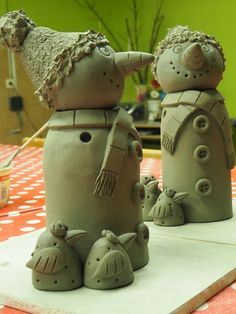 Discover recipes, home ideas, style inspiration and other ideas to try. Kids Clay, Sculptures Céramiques, Christmas Clay, Hobbies For Women, Hand Built Pottery, Clay Ornaments, Pottery Designs, Paper Clay, Polymer Clay Art