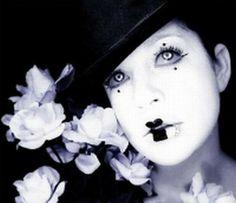 clown bianco e nero