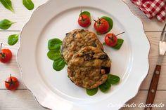 Gli Hamburger di melanzane al forno sono un piatto vegetariano e non solo gustoso e leggero.Perfetto per questa stagione semplici e veloci da preparare.
