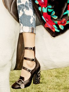 It Girls Will Flip for Gucci's New Shoes via @WhoWhatWear
