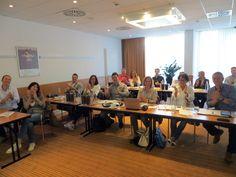 """Mein Vortrag zum Thema """"Social Media Strategie"""" bei der Netzwerkgruppe von INJOY – Ihr Gesundheitszentrum. Viel gelernt und viel gelacht!  :-)"""