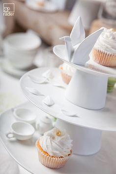 It´s Teatime. Noch ein Stück Gebäck dazu? Dekorieren Sie unsere Gebäckplatten. Mit Gebäck oder Kuchen. Eine Gaumenfreude, ein Gaumenschmaus.