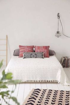 See more boho ideas at http://www.homedesignideas.eu/boho-home-design-ideas-to-get-right-now/