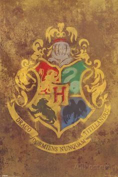 Harry Potter - Hogwarts Crest Poster 24 x 36in