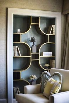 Art deco living room - 2017 Bookcases Ideas 126 Bookcases Ideas design ideas and photos – Art deco living room Creative Bookshelves, Bookshelf Design, Bookshelf Ideas, Bookshelf Decorating, Simple Bookshelf, Book Shelves, Book Storage, Corner Shelves, Bookshelf Wall