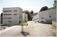 Faculdade de Arquitectura. Álvaro Siza Vieira, 1993. Porto.