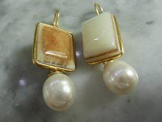 Mondstein - Ohrringe Onyx Mondstein Unikat Perlen Biwa Gold - ein Designerstück von TOMKJustbe bei DaWanda