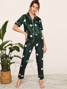 Cute Pajama Sets, Cute Pajamas, Satin Pyjama Set, Satin Pajamas, Pyjamas, Night Outfits, Fashion Outfits, Outfit Night, Gothic Fashion