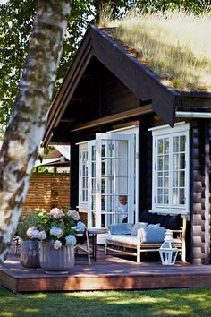 Chic Little House