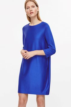 COS image 2 of 3/4-sleeve oversize dress in Blue