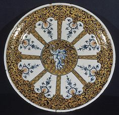 *1730-1740 French Plate at the Metropolitan Museum of Art, New York