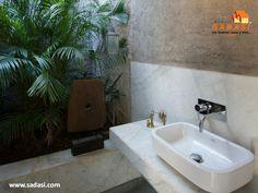 #hogar LAS MEJORES CASAS DE MÉXICO. Un excelente lugar para tener un jardín en el interior del hogar, es el baño, ya que la humedad generada en esta habitación será absorbida por las plantas, por lo cual es un espacio ideal para colocarlas; además, limpiarán el aire y darán un toque más natural. En Grupo Sadasi, usted puede ejercer su crédito INFONAVIT o FOVISSSTE, para adquirir su casa en nuestros desarrollos. www.sadasi.com