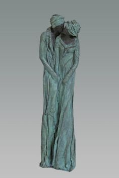 Kieta Nuij The kiss (De kus) Bronze 74 cm Sculpture Metal, Pottery Sculpture, Sculptures Céramiques, Small Sculptures, Alberto Giacometti, Statue Ange, Art Du Monde, Contemporary Sculpture, Gourd Art