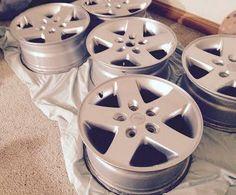 "Jeep 17"" Wheels 5 Factory Wrangler Rims. alloy. Sell or Trade + 255/75/17"" Tires. Center Caps."