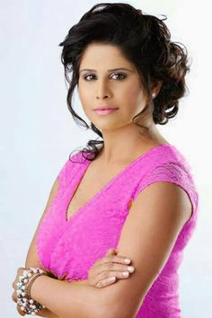 Sai Tamhankar was born in Sangli. When she was in Chintaman College of Commerce, Sangli, she started her career doing street plays and inter-college drama competitions, moving on to working with Aamir Khan in Ghajini and Subhash Ghai 's Black & White. Thereafter, she developed interest in acting and started taking part in Inter collegiate competitions. Her play, 'Aadhe Adhure' got her the Best Actress award, which encouraged her to take up acting as a career.