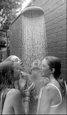 Cute Friend Pictures, Best Friend Pictures, Cute Photos, Friend Pics, Cute Friends, Summer Aesthetic, Best Friend Goals, Best Friends Forever, Summer Pictures
