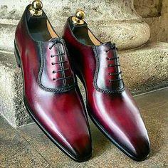 Want these? Email Darian@thebespokenmogul.com For pricing #thebespokenmogulchicago #thebespokenmogul #bespoke #custom #shoes #instafashion #dappergent #mens #fashion #handmadeshoes #shoestagram #shoeaddict #shoeporn #gentlemen #men #dubai #uk #sweden #japan #australia #designer #style #designer #instagram