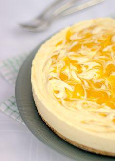 Really easy, REALLY tasty no bake Mango & White Chocolate Cheesecake