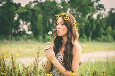 Senior Picture Ideas For Girls | senior pics # sunflowers # flowers # senior pictures # feild ...